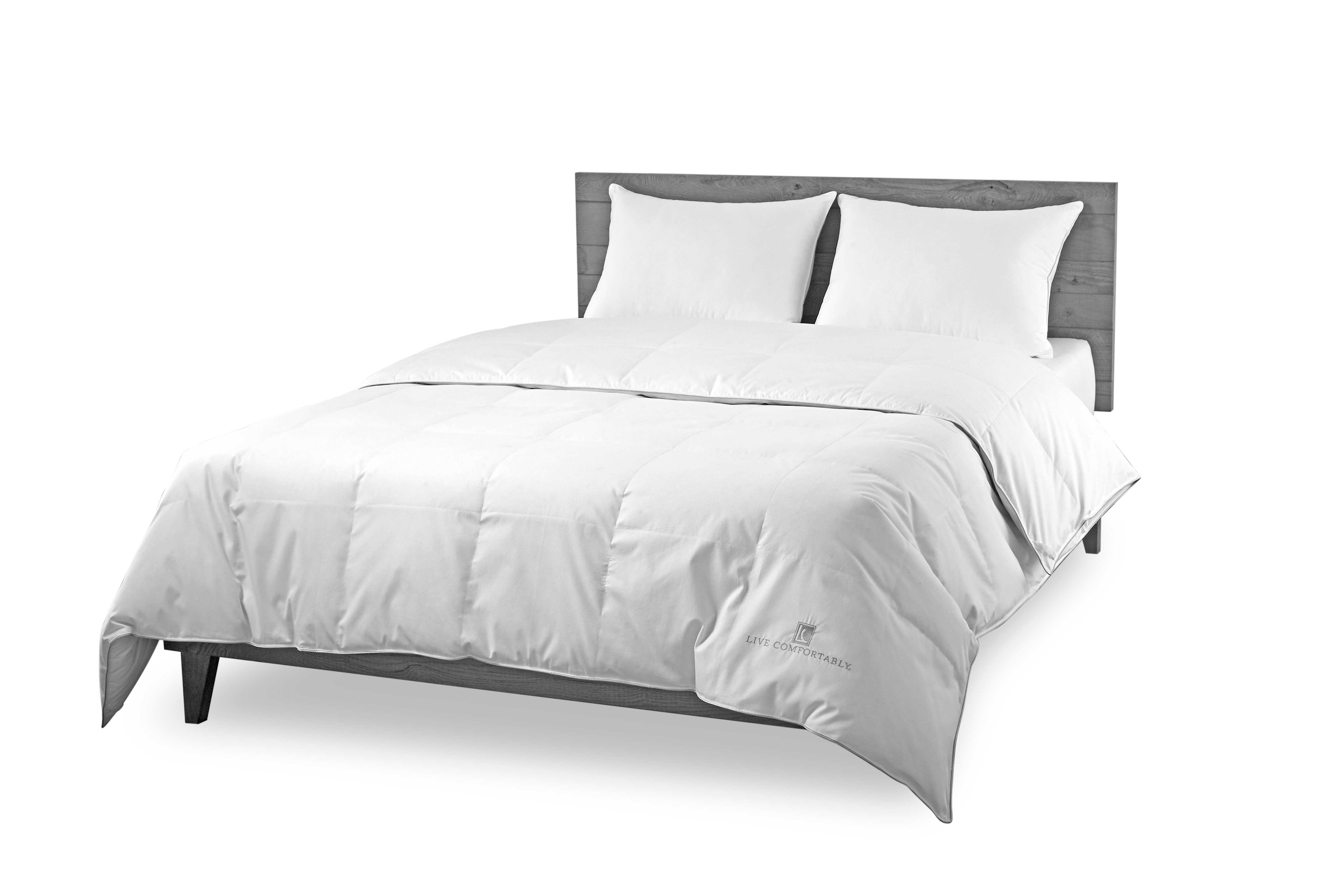 Live Comfortably 174 White Goose Down Comforter Level 1 Warm
